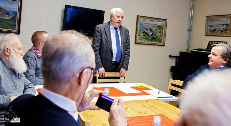 Vasa-Korsholm-SFR: Ambassadör Heikki Talvitie gästar Vasa Samfundets midvinterfest. Foto av Lisen Julin.