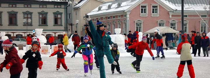 Seuraväen yhteinen keväänavausviikonloppu järjestetään jo kolmannen kerran, tällä kertaa Oulussa. Vahvaa Venäjä-asiaa ja mukavaa yhdessä oloa, joka sopii niin noviisille kuin konkarille.