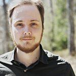 Kirjailija, kääntäjä Pauli Tapio. Kuva: Timo Raunio