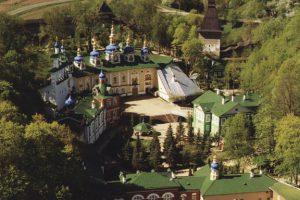 Petserin luostari