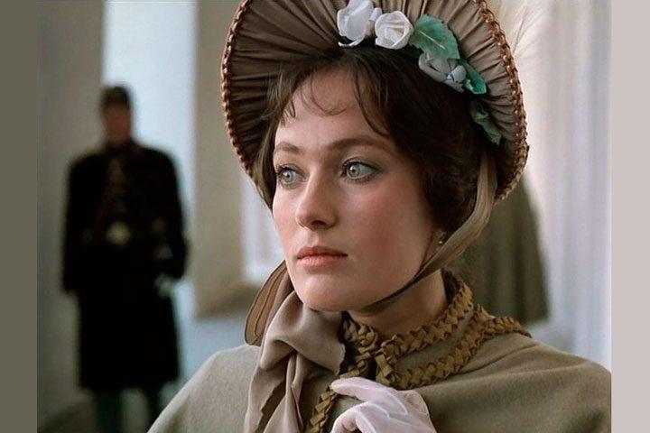 Venäläisestä elokuvasta Julma romanssi (Zheztoki Romans), 1984