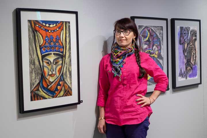 Irina Sitdikova ja hänen näyttelynsä Hyperborea - Pohjoinen satujen maa.