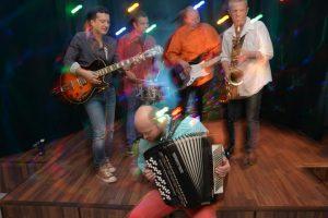 Rock-romantiikkaa edustava Staroe Kino -yhtye, laulajana Levan Tvaltvadze.